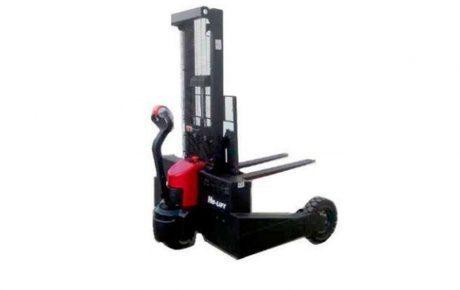 Apilador eléctrico todoterreno para obras