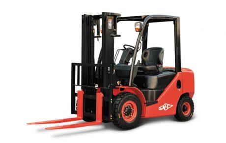Carretilla diesel de 4 ruedas de 1800 kg a 4500 mm